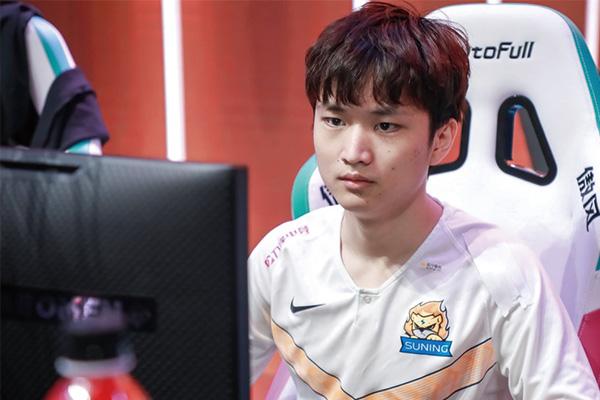Huanfeng直播表示打职业是想要成为世界级AD选手