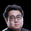 英雄联盟Xiaoweixiao(余显)是谁?LOL中单Xiaoweixiao(余显)个人资料介绍